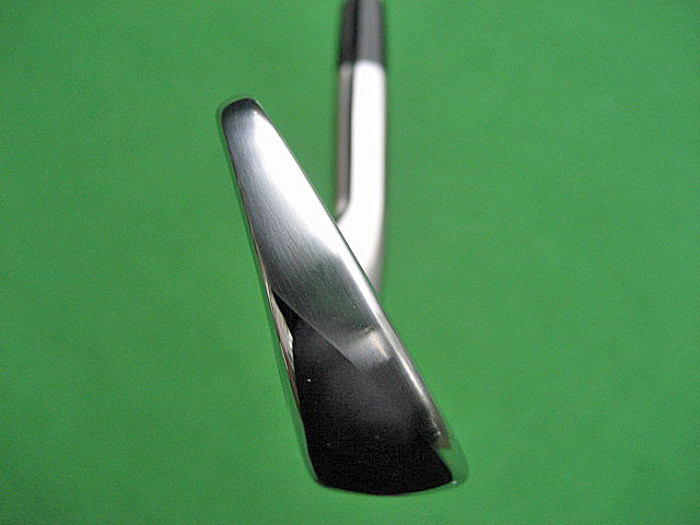 TITLEIST 716CB SIDE