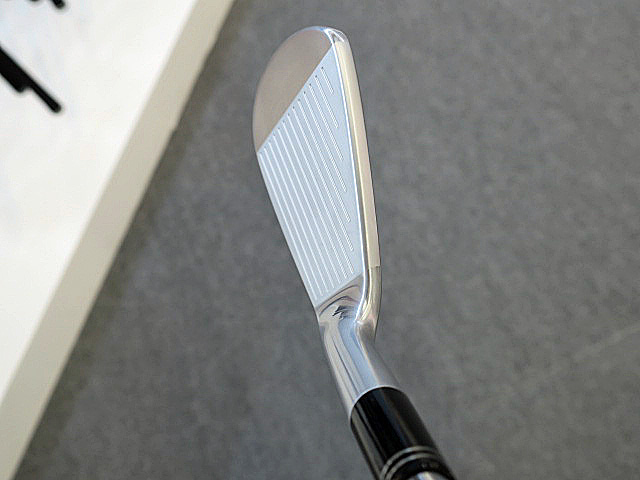 PC DL SRIXON Z765 IRON TOP