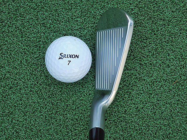 DS SRIXON Z565 IRON TOP