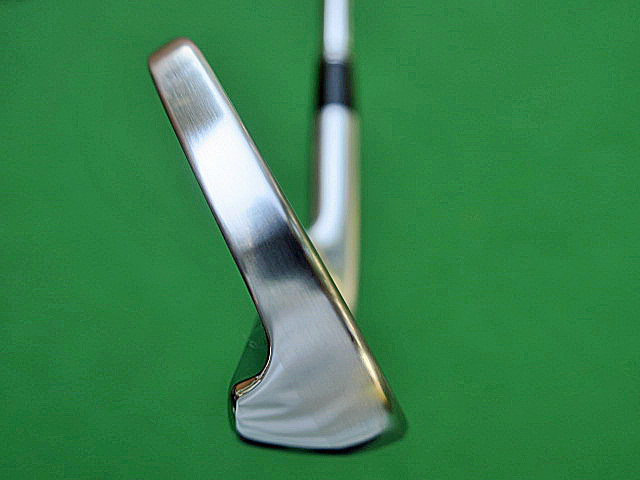 DS SRIXON Z765 IRON SIDE